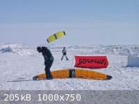 P4200968_lo.jpg - 205kB